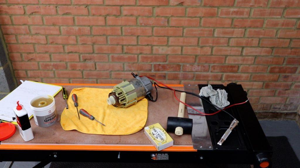 Sinclair C5 motor service